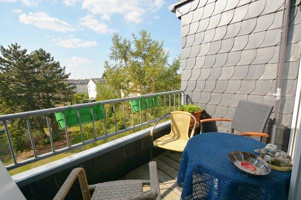 Tolles Anlageobjekt! Wohnung mit Sonnenbalkon und grünen Aussichten!